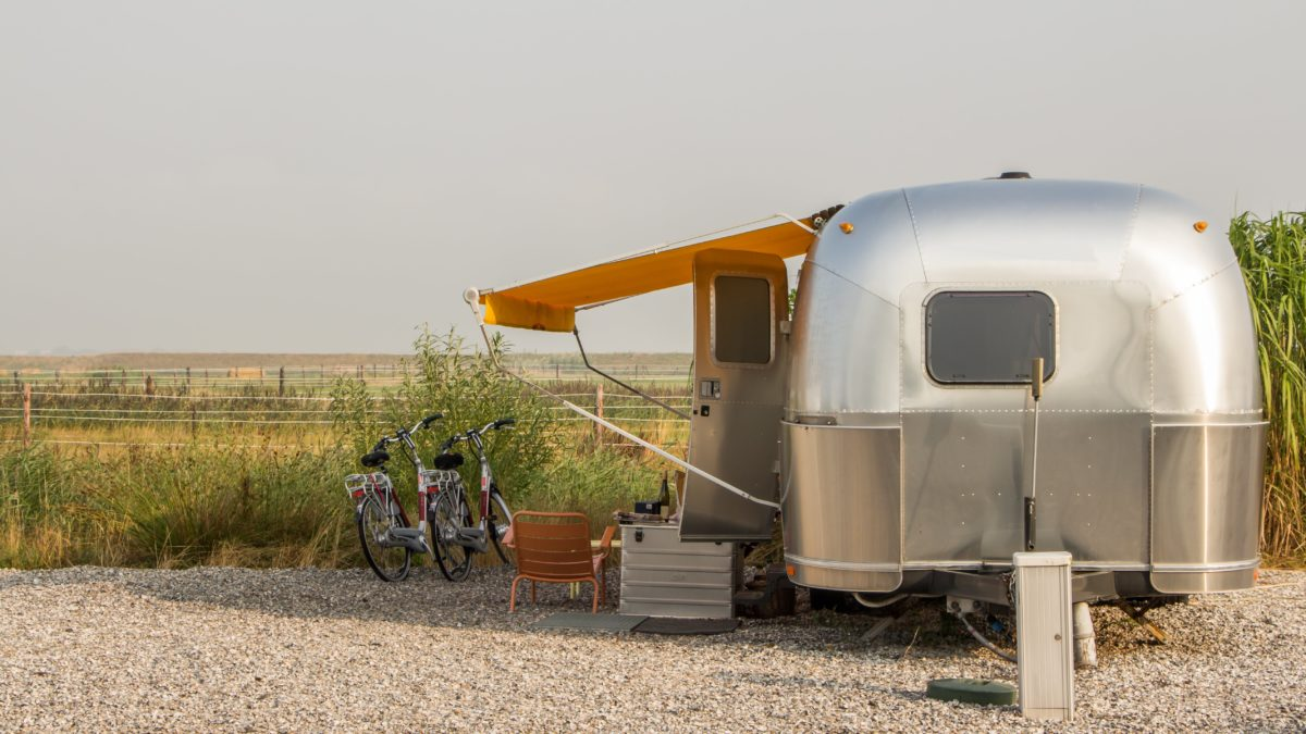 vehicle restoration, 4 Tips for Purchasing a Vintage Camper for Vehicle Restoration