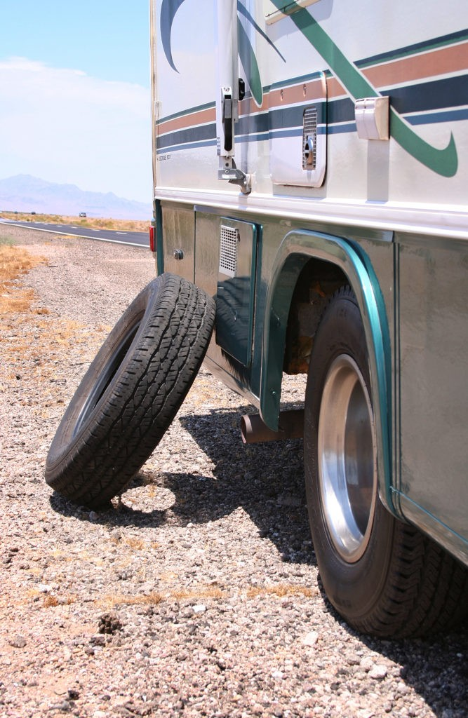 motorhome collision repair, Need Motorhome Collision Repair? Don't Forget Your Tires!