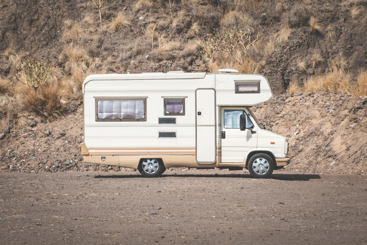 vehicle restoration, 3 Things to Look at When Buying a Camper for Vehicle Restoration